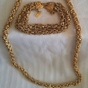 Vintage necklace and matching bracelet